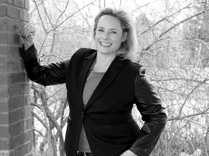 Expert Interview: Viveka Von Rosen on LinkedIn Groups | Didit